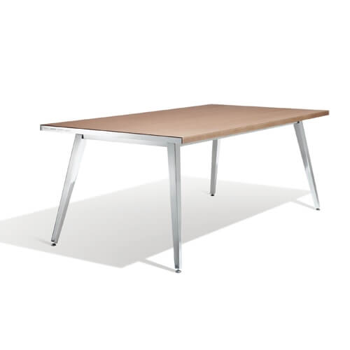 Play with Dedon Table