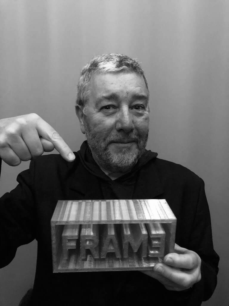 "PHILIPPE STARCK RECEIVES THE ""LIFETIME ACHIEVEMENT AWARD"" FROM FRAME MAGAZINE. -"